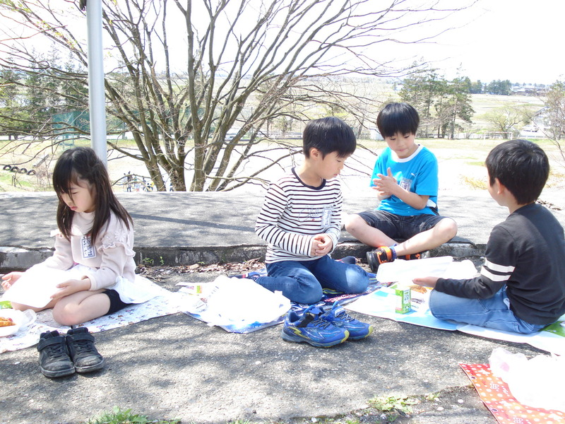 http://sasaoka-es.agano.ed.jp/004.JPG