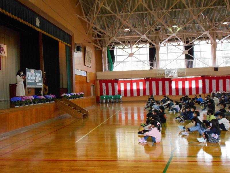 http://sasaoka-es.agano.ed.jp/DSCN0473.JPG