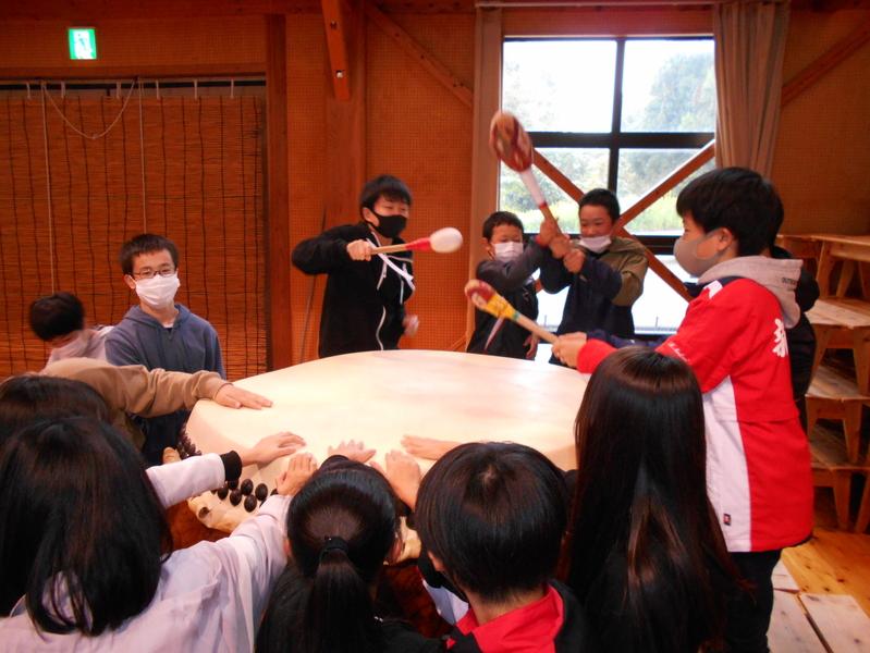 http://sasaoka-es.agano.ed.jp/DSCN0804.JPG