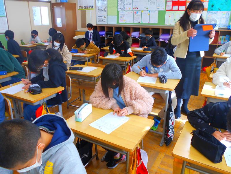 http://sasaoka-es.agano.ed.jp/DSCN1064.JPG