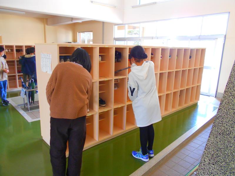 http://sasaoka-es.agano.ed.jp/DSCN1153.JPG