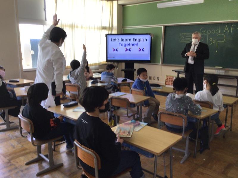http://sasaoka-es.agano.ed.jp/IMG_0807.JPG