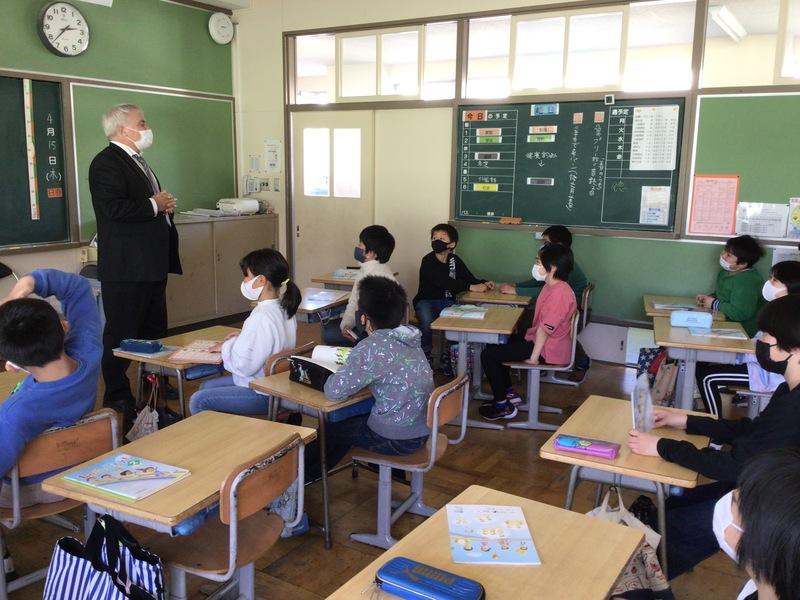 http://sasaoka-es.agano.ed.jp/IMG_0808.JPG