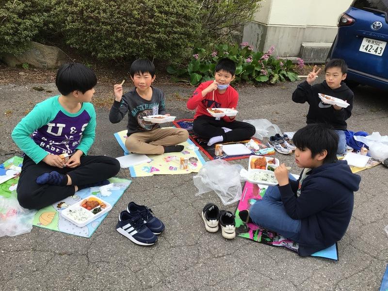 http://sasaoka-es.agano.ed.jp/IMG_0822.JPG