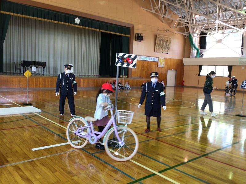 http://sasaoka-es.agano.ed.jp/IMG_0866.JPG