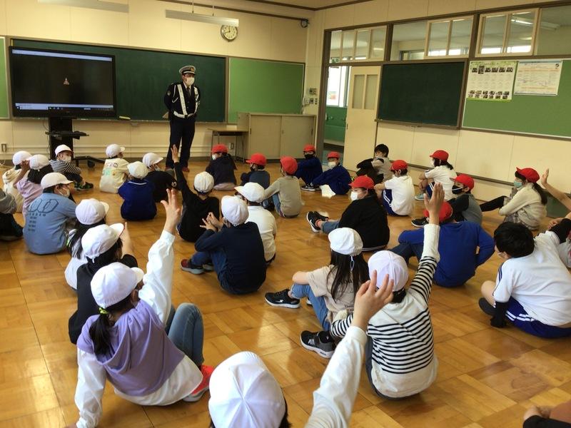 http://sasaoka-es.agano.ed.jp/IMG_0872.JPG