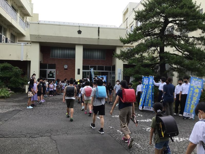 http://sasaoka-es.agano.ed.jp/IMG_1990.JPG