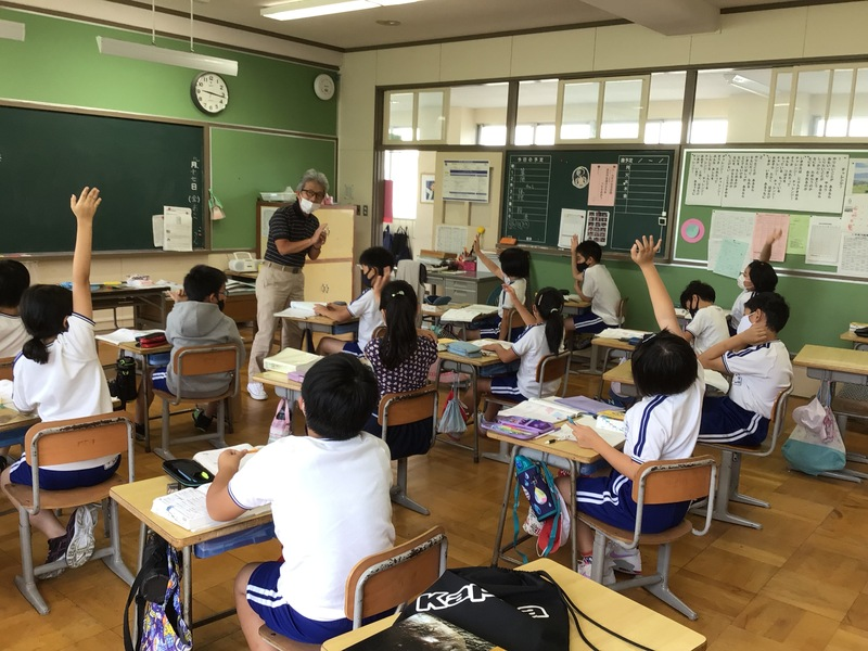 http://sasaoka-es.agano.ed.jp/IMG_2322.JPG